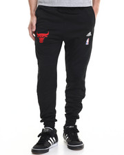 Jeans & Pants - Chicago Bulls On-Court Warm-Up jogger pants