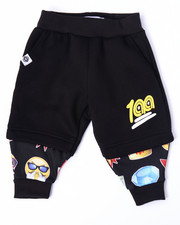 Akademiks - EMOJI COMPRESSION SHORT JOGGERS (INFANT)