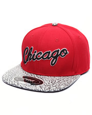 Men - BULLS RETRO SCRIPT PREMIUM LEATHER - BRIMMED STRAPBACK HAT
