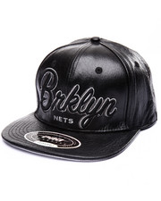 Strapback - BROOKLYN DROPSHADOW SCRIPT PREMIUM LEATHER STRAPBACK CAP