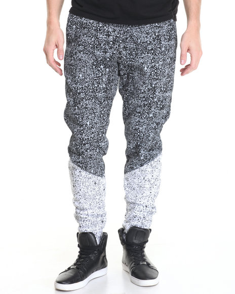 Basic Essentials - Men Black Splatter - Print Fleece Joggers