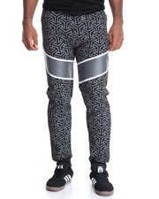 Men - Free Agents Dazed Printed Fleece Joggers