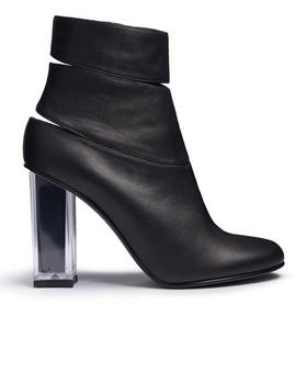 -FEATURES- - GLINDA BOOTS