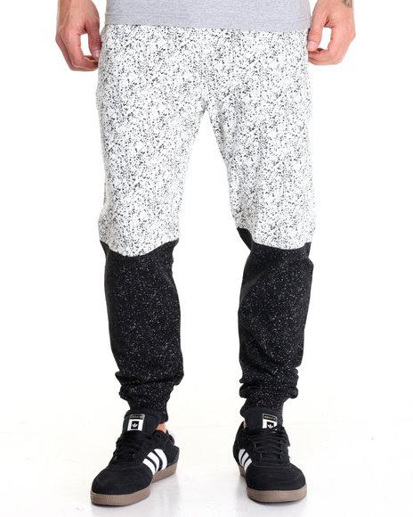 Basic Essentials - Men White Splatter - Print Fleece Joggers