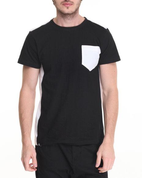 Akademiks - Men Black Uptown T-Shirt - $28.00