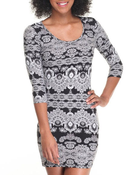 Fashion Lab - Women Multi Scoop Neck 3/4 Sleeve Bodycon Dress