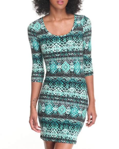 Fashion Lab - Women Green Scoop Neck 3/4 Sleeve Bodycon Dress - $15.00