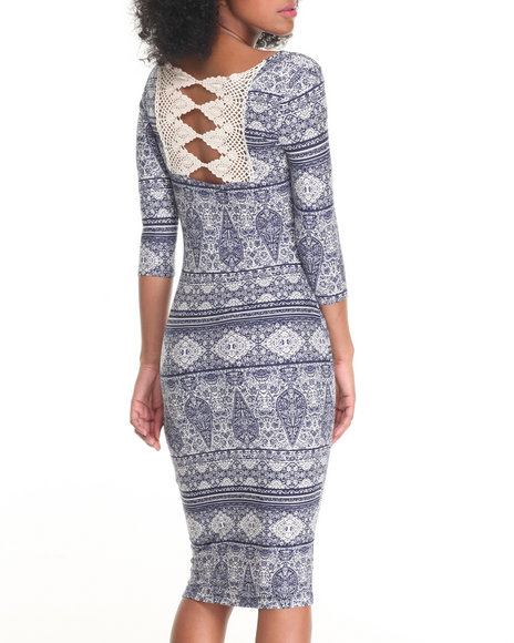 Fashion Lab - Women Cream,Navy Scoop Neck 3/4 Sleeve Bodycon Peached Dress W/ Crochet Detail - $21.00
