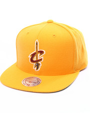 Mitchell & Ness - Cleveland Cavaliers Wool Solid Snapback Cap