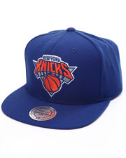 Mitchell & Ness - New York Knicks Wool Solid Snapback Cap