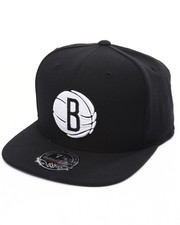 Mitchell & Ness - Brooklyn Nets Team Solid High Crown Fitted Cap