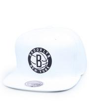Mitchell & Ness - Brooklyn Nets logo snapback hat