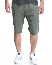 Men - Sureshort Washed Twill Short
