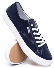 Men - Classic Lo Leather Sneakers