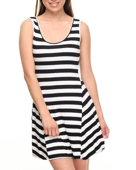 Fashion Lab Women Black And White Striped Dress Black Large