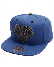 Men - New York Knicks Grey Tonal Logo Snapback Cap