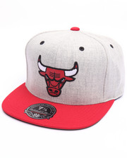 NBA, MLB, NFL Gear - Chicago Bulls Melange Flannel High Crown Fitted Cap