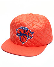 NBA, MLB, NFL Gear - New York Knicks Quilted 20 D Snapback Cap