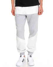 Men - Monolith Sweatpant
