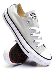 Footwear - Chuck Taylor All Star Ox Sneakers