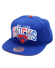 Mitchell & Ness - New York Knicks Reflective Tri Pop Arch Logo Snapback Cap