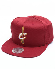Mitchell & Ness - Cleveland Cavaliers Jersey Mesh Snapback Cap