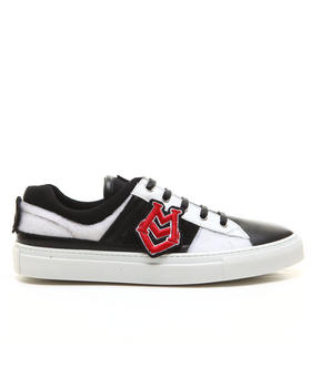 -FEATURES- - Varsity Velcro Patch Low Lace up