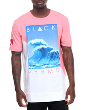 T-Shirts - Slanted Panel Wave S/S Tee