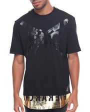 Men - FOIL PRINTED ROUND HEM CREW-NECK TEE W/ METALLIC ZIPPERS ON SHOULDER