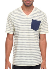 Basic Essentials - Pattern Printed V-Neck S/S Tee