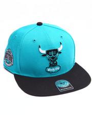 Hats - Chicago Bulls Sure Shot Two Tone Captain Snapback Cap