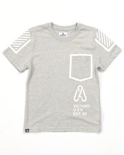 Boys - LEGACY POCKET TEE (8-20)