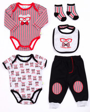 Boys - 5 PC LADIES MAN SET (NEWBORN)