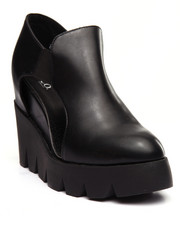 Fashion Lab - Evas Wedge Bootie W/Peep Hole