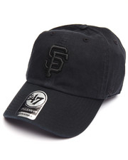 Accessories - San Francisco Giants Black on Black Clean Up 47 Strapback Cap