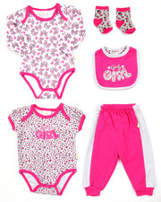 Infant & Newborn - 5 PC GIRLY GIRL SET (NEWBORN)