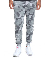Men - Republic Camo Jogger