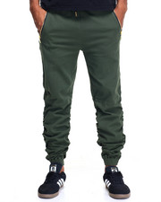 Buyers Picks - Shirred Twill Jogger