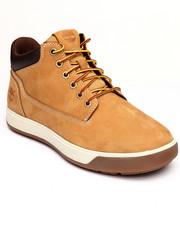 Footwear - Tenmile Chukka Mid