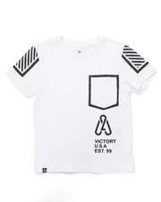 Boys - LEGACY POCKET TEE (8-20