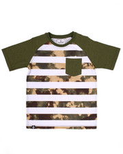 Akademiks - CAMO STRIPED RAGLAN POCKET TEE (8-20)