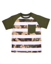 Akademiks - CAMO STRIPED RAGLAN POCKET TEE (4-7)