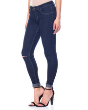 Fashion Lab - Skipper Wash Butter Enhanced Jeans W/Knee Slit