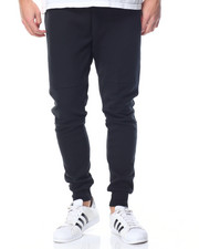 Basic Essentials - Tech Fleece Joggers