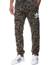 Jeans & Pants - Adicolor Camo Sweatpants