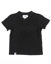 Boys - SLUB V-NECK LOGO TEE (4-7)
