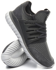 Sneakers - TUBULAR RADIAL