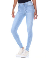 Basic Essentials - Knit Denim Whiskers Skinny Jean