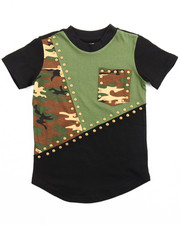 Akademiks - CUT & SEW ELONGATED STUDDED CAMO TEE (4-7)
