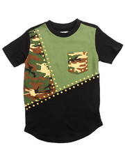 Akademiks - CUT & SEW ELONGATED STUDDED CAMO TEE (8-20)